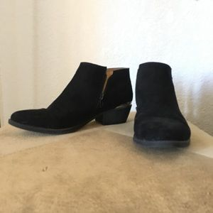 Suede Black ancle booties